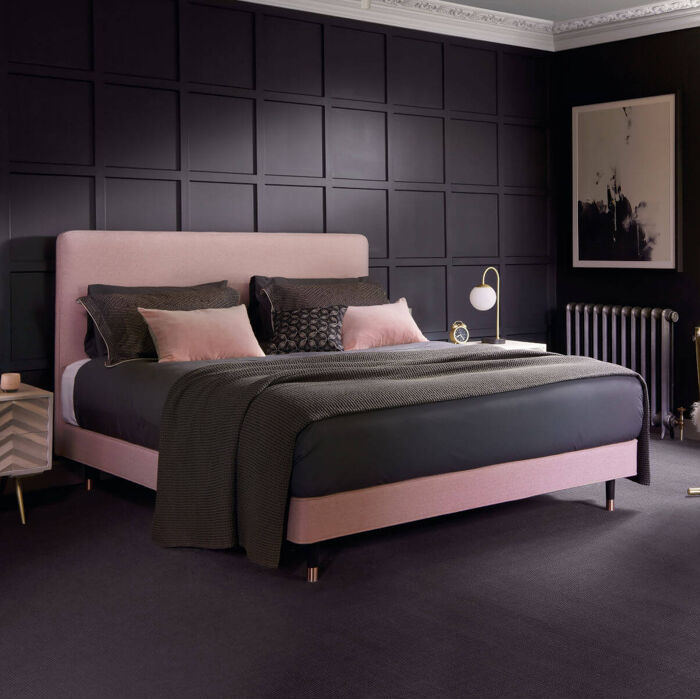 Hypnos Saunderton Pillow Top Bed on Legs