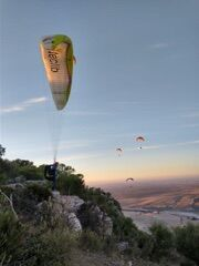 Learn to Paraglide with Fly Spain this Autumn