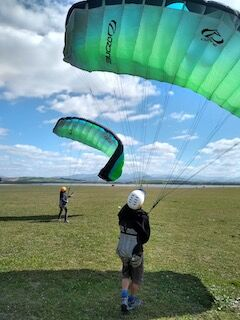 Ground handling for the paragliding students