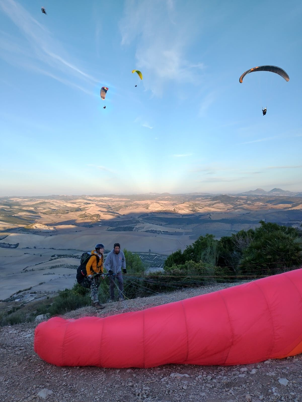 Awesome autumn Paragliding lessons in Spain