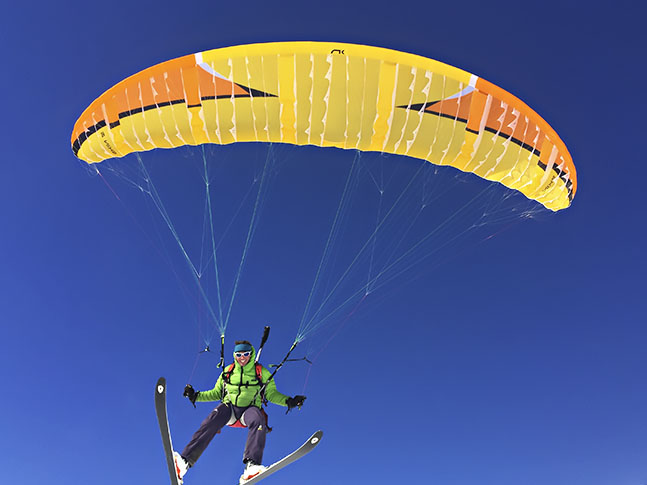 Niviuk Roller available here at flyspain paragliding center