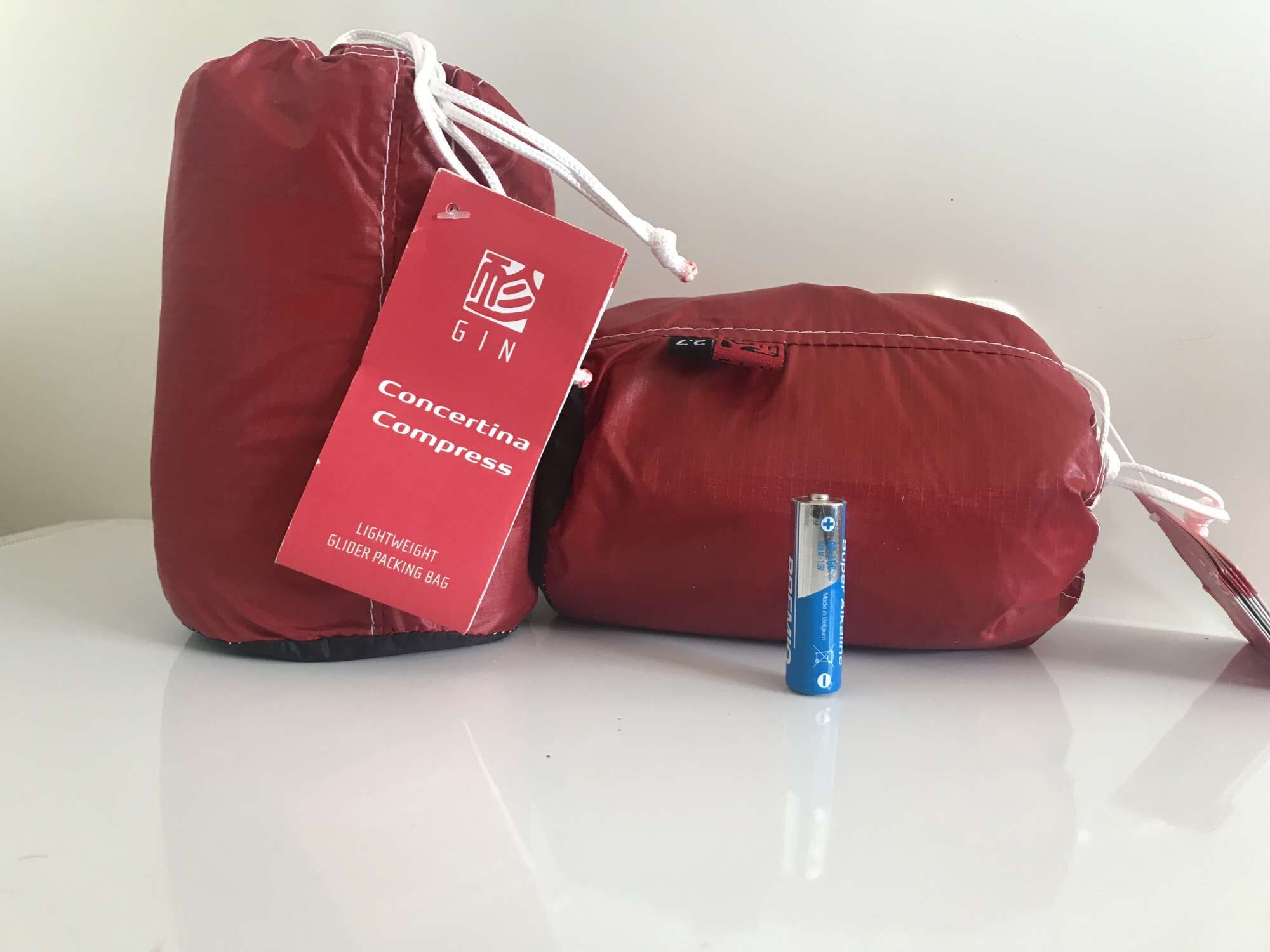 Seriously small bags from Gin now available to buy from FlySpain
