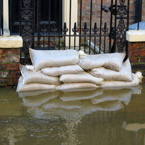 Bad weather affects UK construction growth