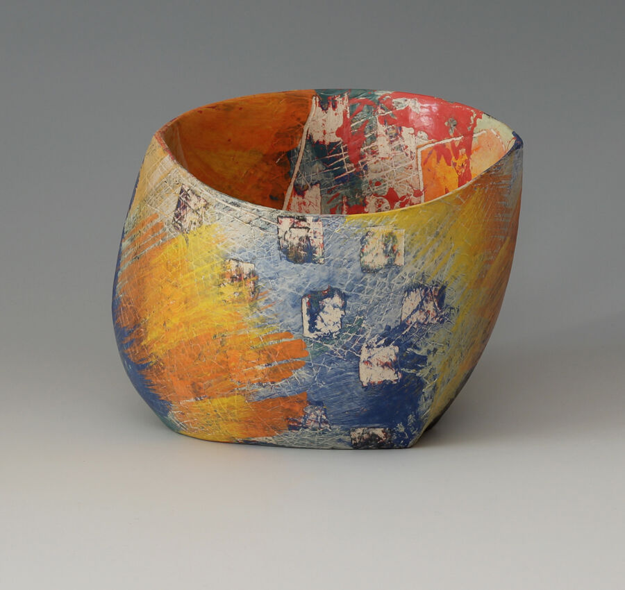 Carolyn-Genders-ceramic-vessel-miararts