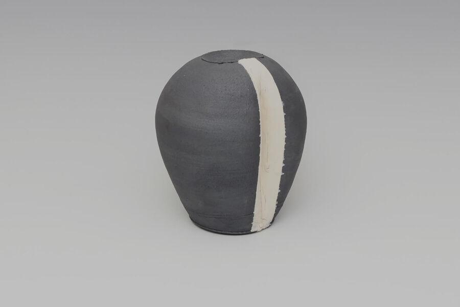 Dan Kelly | Ceramic | Stoneware | Sculptural | Vessel | miararts
