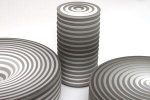Contemporary studio pottery by Jin Eui Kim