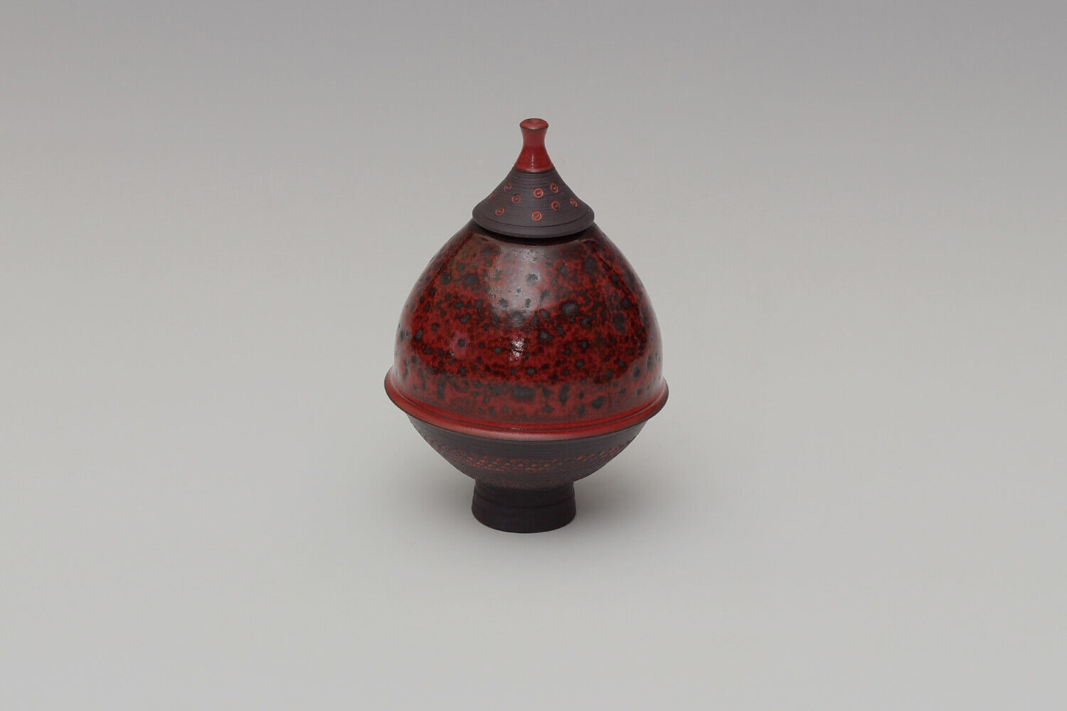 Geoffrey Swindell Ceramic Lidded Vessel 026