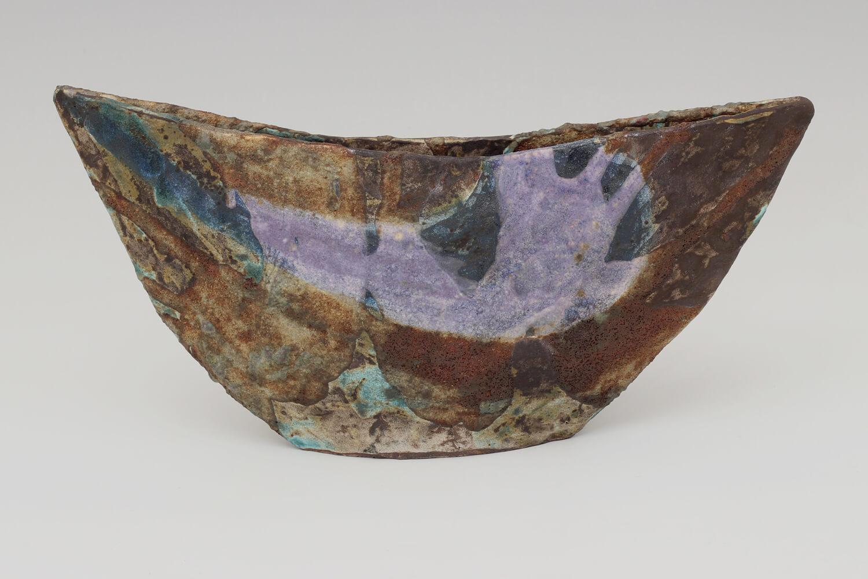 Julian King-Salter Ceramic Boat Form 01