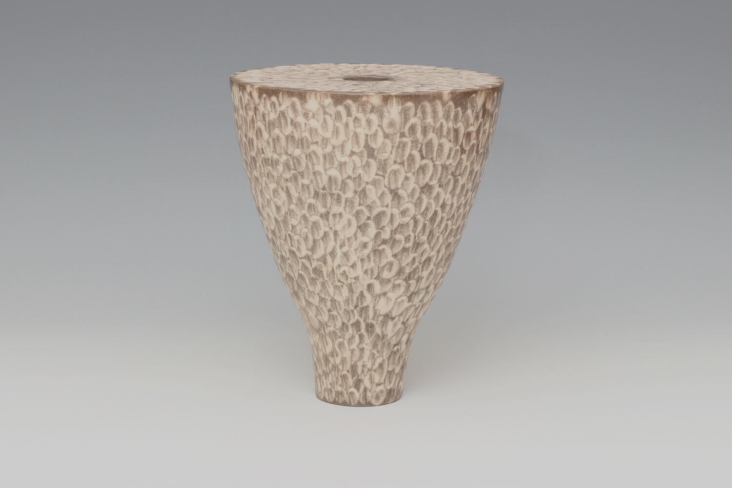 Lara De Sio Ceramic 'Drum Vessel' 01