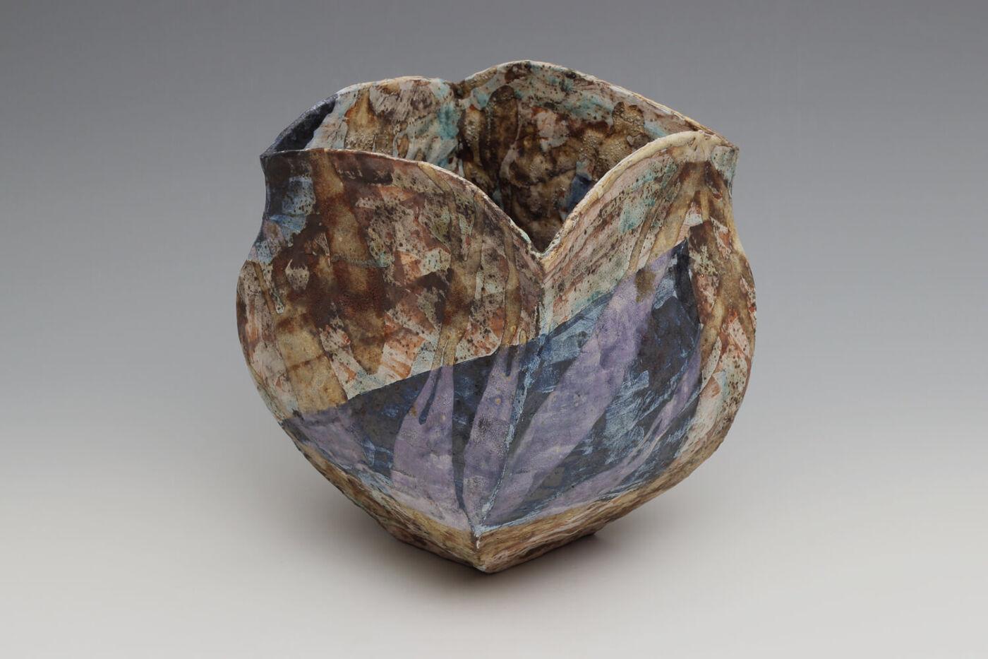 Julian King-Salter Ceramic Vessel 01