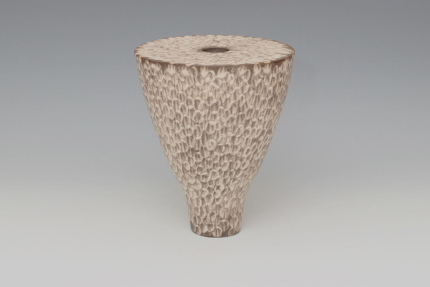 Lara De Sio Ceramic 'Drum Vessel' 01