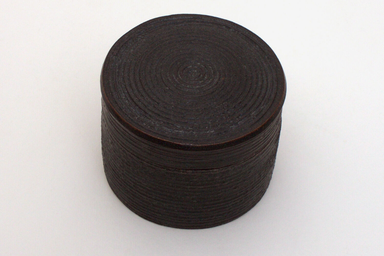 Chris Carter Ceramic Grooved Box 033