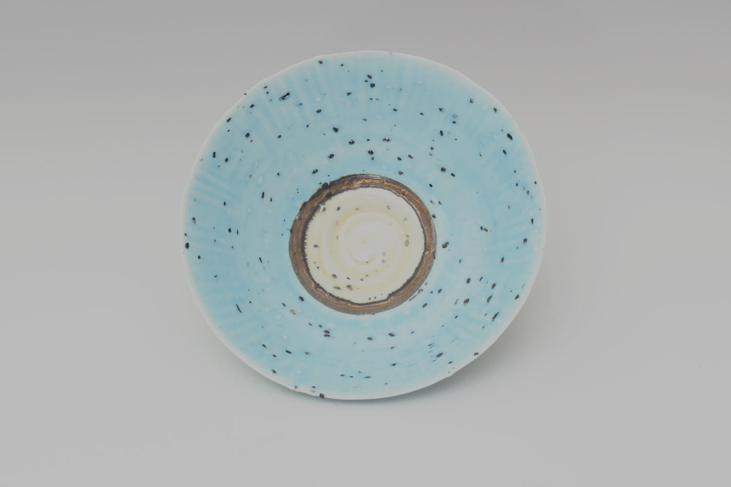 Peter Wills Ceramic Pale Blue River Grogged Porcelain Bowl 194