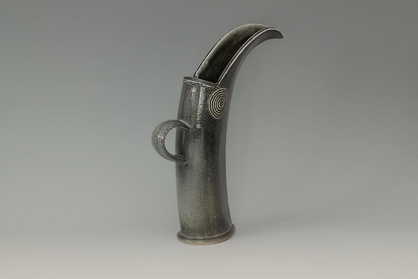 Walter Keeler Ceramic Cutting Edge Jug 02
