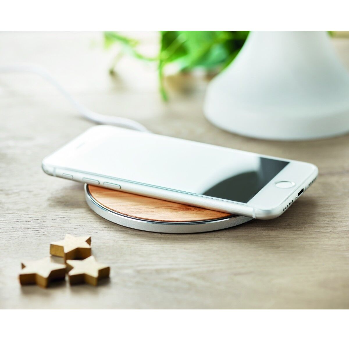 Wireless Fast Charger pad in Bamboo