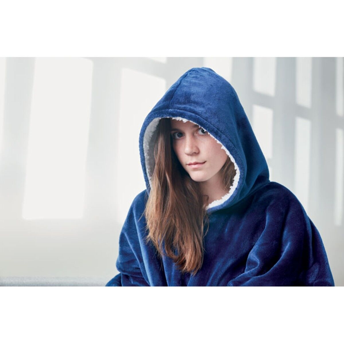 Blanket Sweatshirt in Blue colour