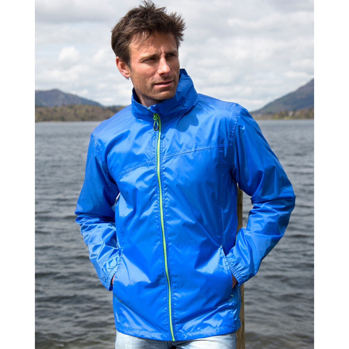 Result Quest Lightweight Stowable Jacket