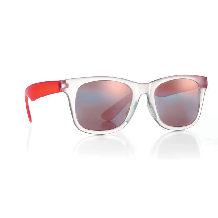 Red mirror lens sunglasses